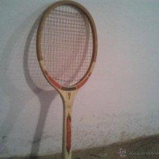 Coleccionismo deportivo: ANTIGUA RAQUETA AÑOS 80 TOURNAMENT. Lote 45707053