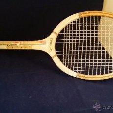 Coleccionismo deportivo: ANTIGUA RAQUETA DE TENIS DE MADERA HONOUR - TRUP PLAY. Lote 49637210