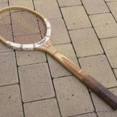 Coleccionismo deportivo: RAQUETA DE MADERA MAXPLY DUNLOP. Lote 54598151