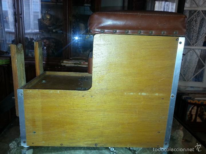 Coleccionismo deportivo: antigua caja pesca madera cajones apartados sillon cañeros carretes plomos sagarra linternas navaja - Foto 14 - 56418248