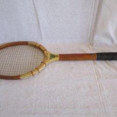 Coleccionismo deportivo: ANTIGUA RAQUETA TENIS SLAZENGER IN CONSULATION FRED PERRY . Lote 56961101