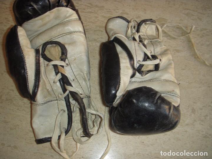 Coleccionismo deportivo: guantes antiguos de boxeo - Foto 3 - 61427411
