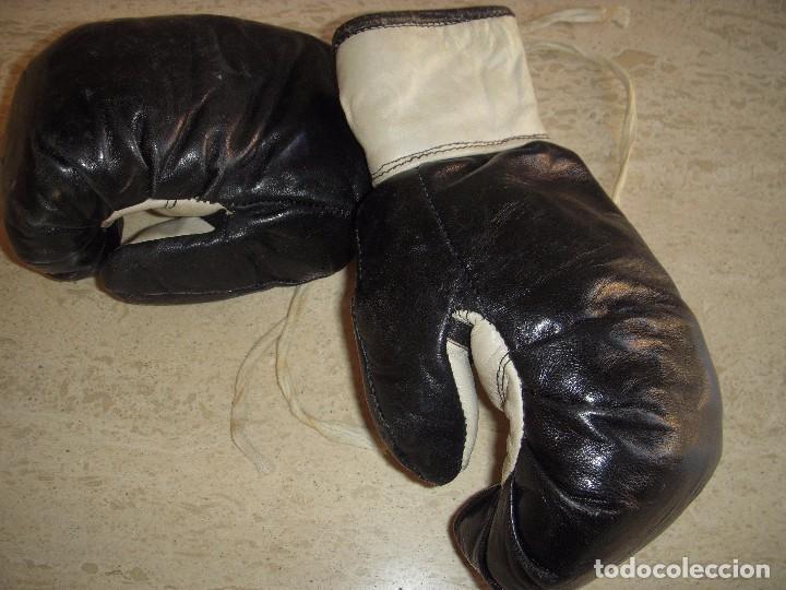Coleccionismo deportivo: guantes antiguos de boxeo - Foto 4 - 61427411