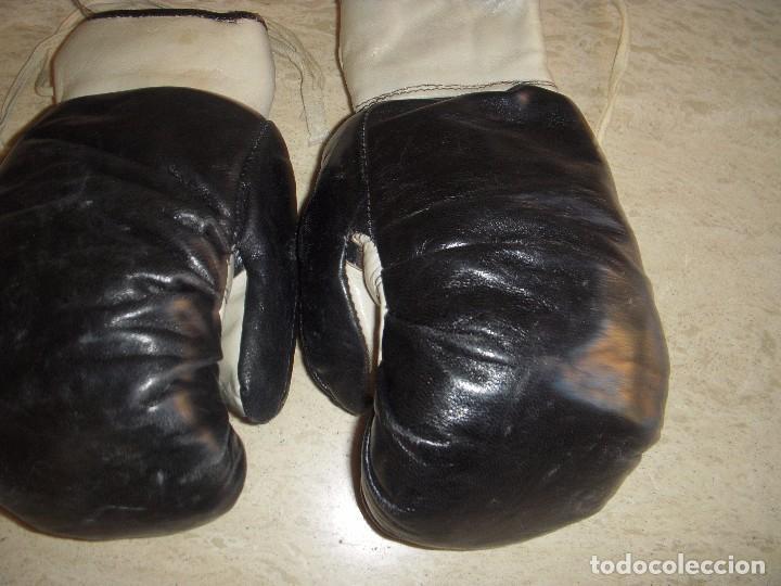 Coleccionismo deportivo: guantes antiguos de boxeo - Foto 7 - 61427411