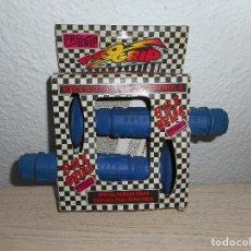 Coleccionismo deportivo: ANTIGUOS PUÑOS DE BICICLETA BMX GRIPS RACE PASSION PRO GRIP AÑOS 80 GOMA AZUL. Lote 64609543
