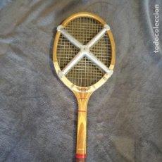 Coleccionismo deportivo: RAQUETA DE TENIS DUNLOP MAXIPLY AÑOS 70. Lote 97362439