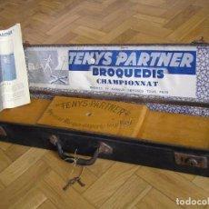 Coleccionismo deportivo: MALETIN TENIS TENYS PARTNER BROQUEDIS CHAMPIONNAT BREVETS ET MARQUE DÉPOSÉS TOUS PAYS AÑOS 30. Lote 103294783