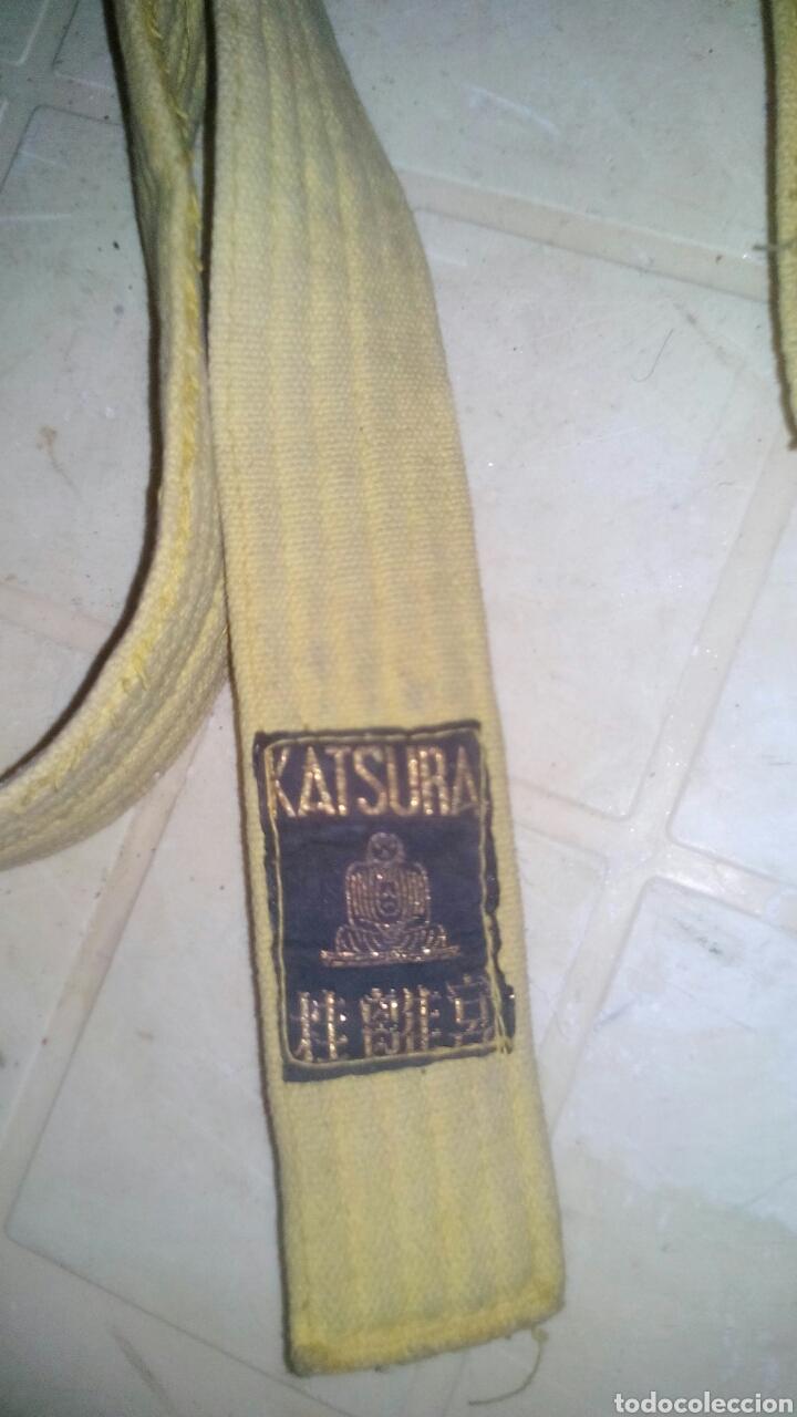 Coleccionismo deportivo: CINTURON AMARILLO DE KARATE KATSURA - AÑOS 80 ..... ZXY - Foto 4 - 107029908