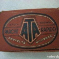 Coleccionismo deportivo: ANTIGUA CAJA DE PARCHES DE BICICLETA DE CARRERAS. MARCA ATA. FABRICADO EN ESPAÑA. Lote 113347519