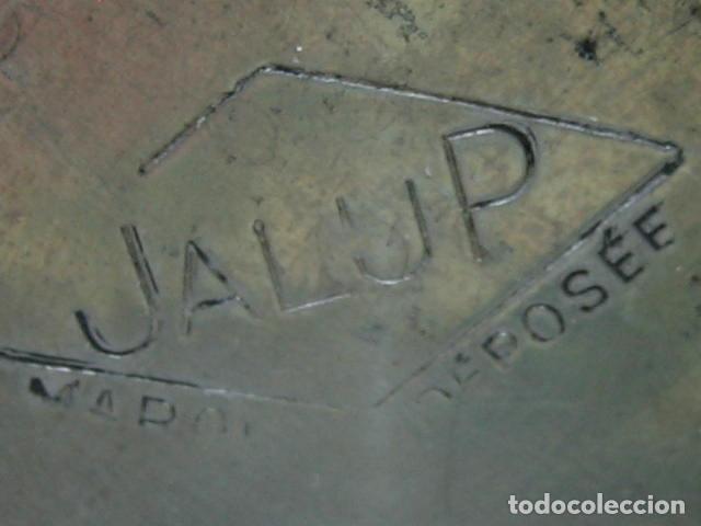 Coleccionismo deportivo: Pieza de Museo ciclismo.Antiguo bidon y soporte ciclista profesional. Tour de Francia. Marca Jalup - Foto 11 - 113352395