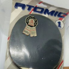 Coleccionismo deportivo: BLISTER NUEVO PALAS PING PONG MARCA ATOMIC. Lote 114482603
