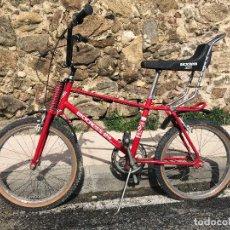 Coleccionismo deportivo: BICICLETA BICICROSS BH CON PINTURA DE ORIGEN. TAMAÑO GRANDE. Lote 117103691