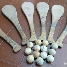 Coleccionismo deportivo: LOTE JUEGO PELOTA VASCA, ANTIGUAS PALAS Y PELOTAS. Lote 122851103
