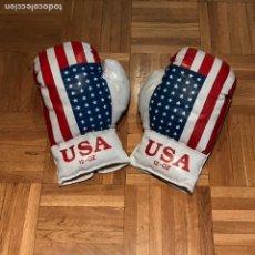 Coleccionismo deportivo: ANTIGUOS GUANTES DE BOXEO EN CUERO USA 12 OZ. Lote 125335620