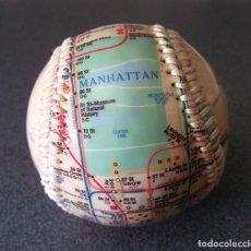 Coleccionismo deportivo: PELOTA BÉISBOL NUEVA YORK. Lote 128371335