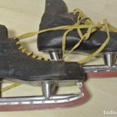 Coleccionismo deportivo: ANTIGUOS PATINES PARA PISTA DE HIELO , CCM MADES IN CANADA . Lote 130208519