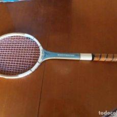 Coleccionismo deportivo: RAQUETA DE TENIS MASTERBUILT. Lote 132919990
