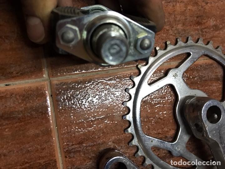 Coleccionismo deportivo: Bielas y pedal GAC para bicicleta clasica de niño antigua paseo ciclismo - Foto 2 - 133422135