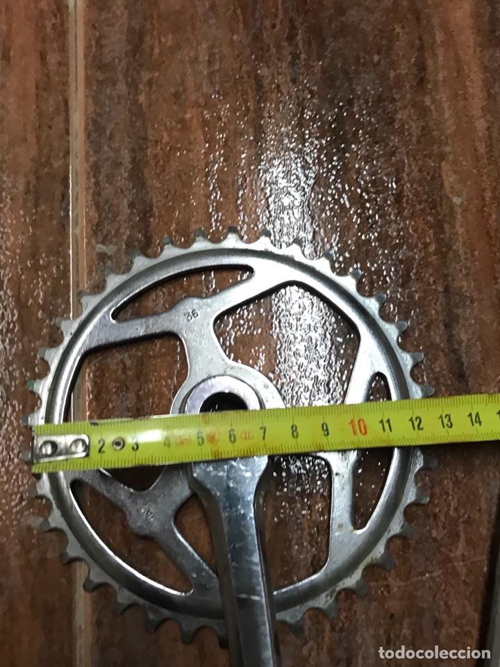 Coleccionismo deportivo: Bielas y pedal GAC para bicicleta clasica de niño antigua paseo ciclismo - Foto 3 - 133422135