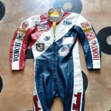 Coleccionismo deportivo: ANTIGUO MONO VINTAGE OFICIAL MOTOCICLISMO-HONDA-MOTO-CON PARCHES-CALIFORNIA-ORIGINAL AÑOS 70-80. Lote 134001425