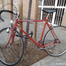 Coleccionismo deportivo: BICICLETA CARRERA PEUGEOT,PERFECTO ESTADO,EN USO.. Lote 135025106