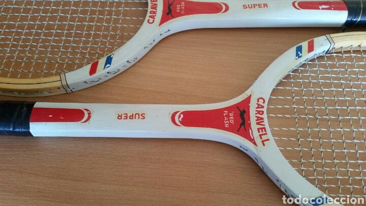 Coleccionismo deportivo: 2 raqueta madera raquetas caravell super - Foto 2 - 135581582