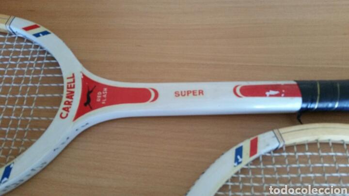 Coleccionismo deportivo: 2 raqueta madera raquetas caravell super - Foto 3 - 135581582