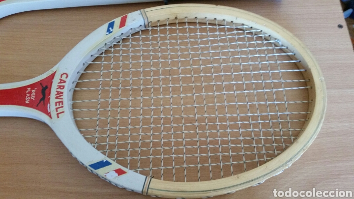Coleccionismo deportivo: 2 raqueta madera raquetas caravell super - Foto 6 - 135581582