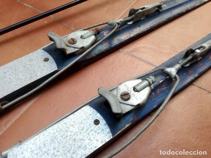 Coleccionismo deportivo: Esquís antiguos - Foto 5 - 137710002