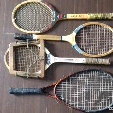 Coleccionismo deportivo: CUATRO RAQUETAS ANTIGUAS OLIMPIC FRONTON - CORTTY FRONTENIS-SPALDING INTERCLUB CON TENSOR Y ATOMIC P. Lote 142686442