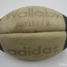 Coleccionismo deportivo: PELOTA DE RUGBY ADIDAS WALLABY. Lote 142862258