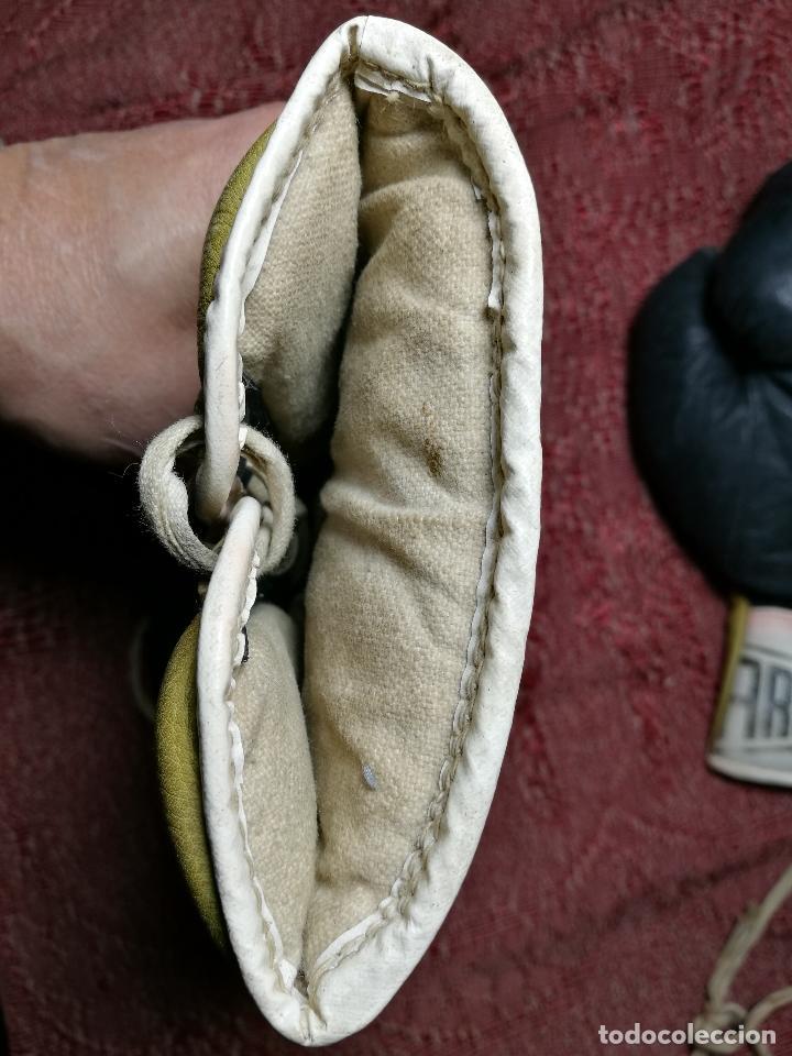 Coleccionismo deportivo: Guantes boxeo vintage años 50-60 adulto - Foto 18 - 146924754