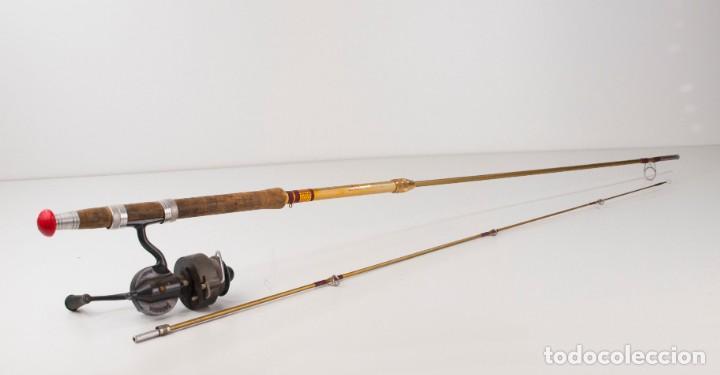 Coleccionismo deportivo: Carrete marca Sagarra y caña de pescar - Foto 2 - 147094338