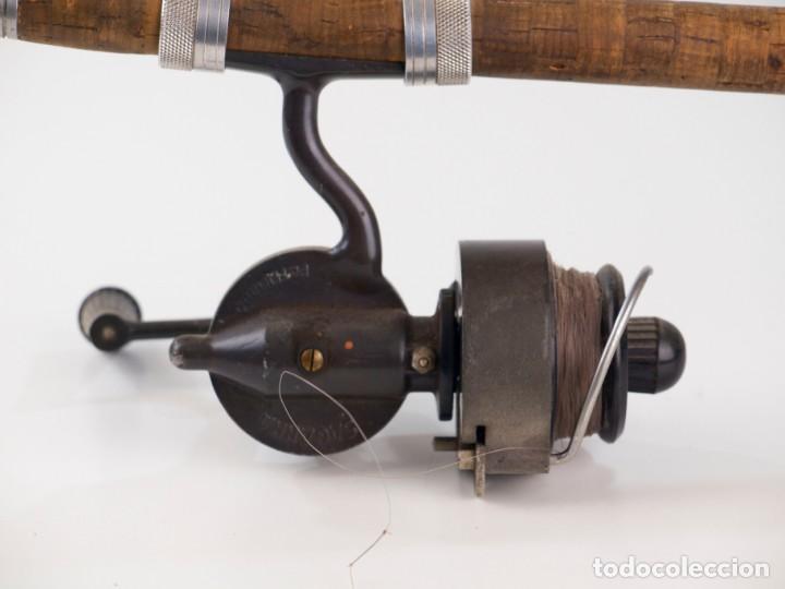 Coleccionismo deportivo: Carrete marca Sagarra y caña de pescar - Foto 7 - 147094338