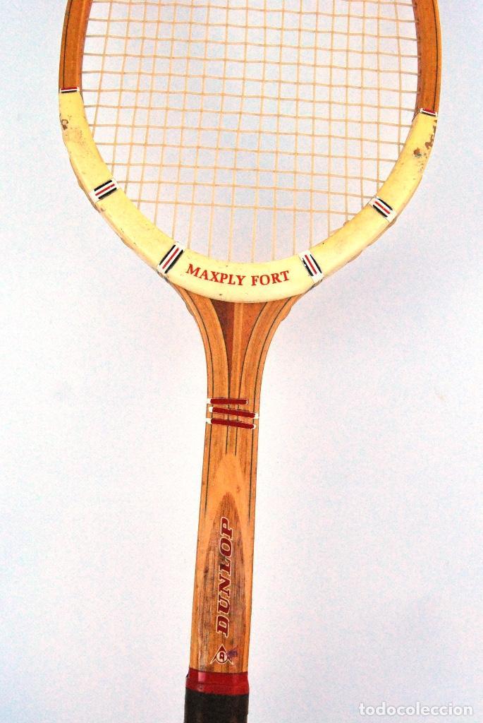 Coleccionismo deportivo: RAQUETA TENIS DE MADERA DUNLOP MAXPLY. AÑOS 70/80 - Foto 2 - 147210990