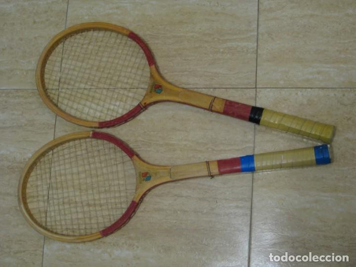 Coleccionismo deportivo: Dos raquetas antiguas de madera. Diamond. 61cm - Foto 9 - 150090062