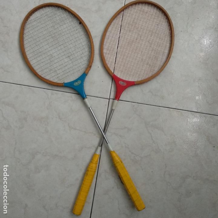 Coleccionismo deportivo: Lote de dos raquetas bádminton madera CSI - Foto 2 - 151593606