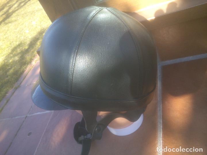 Coleccionismo deportivo: Casco de montar a caballo cuero. hípica, equitacion, Talla 7-57 - Foto 2 - 151947706