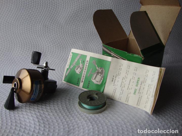 Coleccionismo deportivo: ANTIGUO Y RARO CARRETE DE PESCA NUNCA USADO - Foto 15 - 152460070
