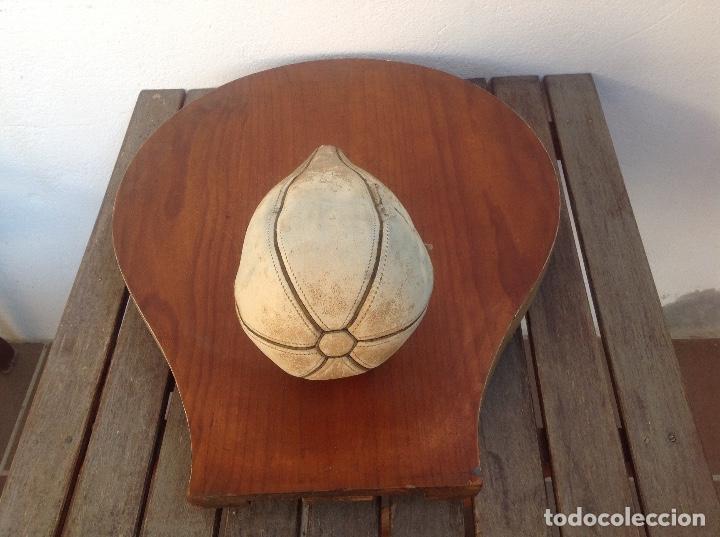 Coleccionismo deportivo: ANTIGUO SACO DE BOXEO CON MADERA ORIGINAL AÑOS 60 - Foto 11 - 154965778