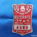 Coleccionismo deportivo: CHAPA DE BICICLETA ALICANTE 1969. Lote 158845594