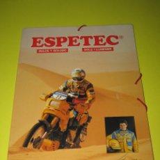Coleccionismo deportivo: ESPETEC - CARPETA PARIS DAKAR '88 - JORDI ARCARONS - CAMEL TEAM - MERLIN. Lote 165084282