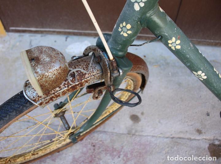 Coleccionismo deportivo: Bici BH plegable de los 70 pintada de flores - Foto 4 - 166632054