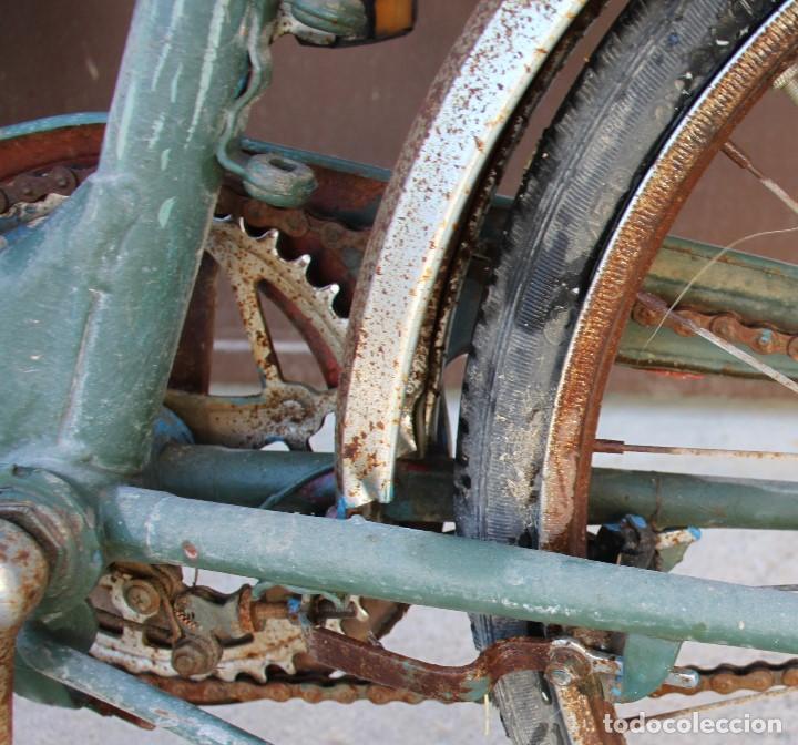 Coleccionismo deportivo: Bici BH plegable de los 70 pintada de flores - Foto 14 - 166632054