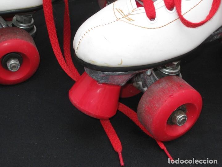 Coleccionismo deportivo: Patines con botas. Talla 40. California Team. - Foto 5 - 167449296