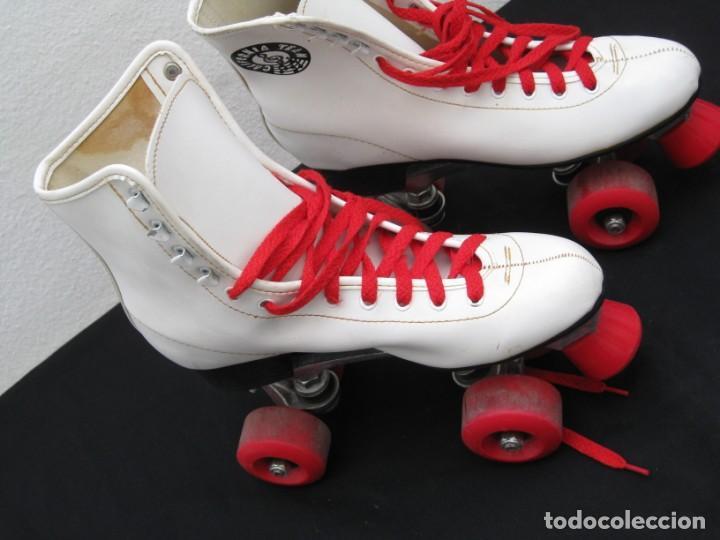Coleccionismo deportivo: Patines con botas. Talla 40. California Team. - Foto 10 - 167449296