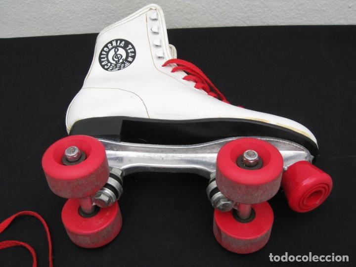 Coleccionismo deportivo: Patines con botas. Talla 40. California Team. - Foto 12 - 167449296