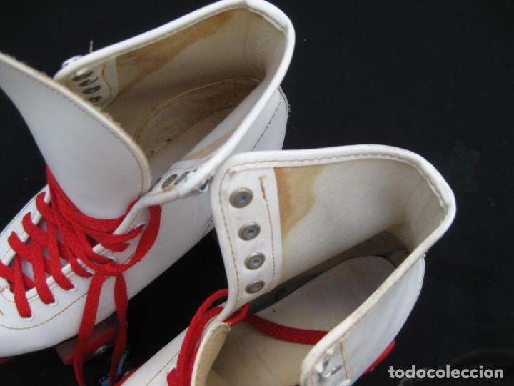 Coleccionismo deportivo: Patines con botas. Talla 40. California Team. - Foto 19 - 167449296