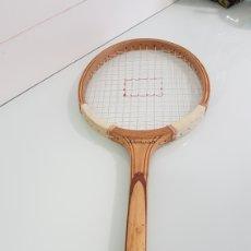 Coleccionismo deportivo: ANTIGUA RAQUETA DE TENIS. Lote 170195361