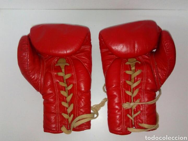 Coleccionismo deportivo: Guantes de boxeo thaismai antiguos - Foto 2 - 170910188